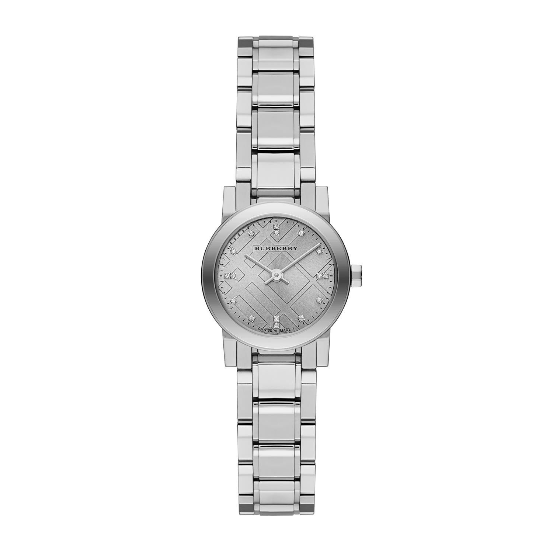 67f6f7cd06b0 Burberry New Classic Plata Dial Acero inoxidable Ladies Watch bu9230   Burberry  Amazon.es  Relojes