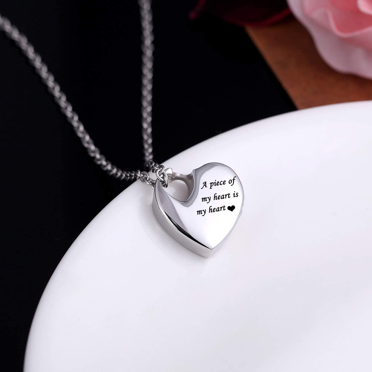 Norya Heart Pendant Cremation Urn Necklace Stainless Steel Keepsake Waterproof Memorial Jewelry