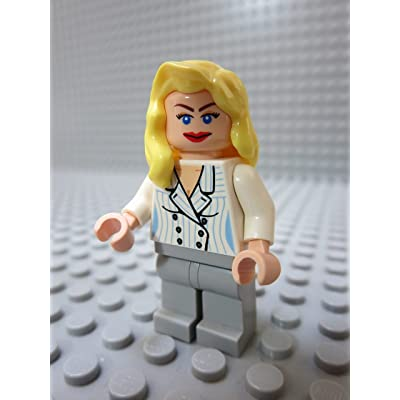 LEGO Minifig Indiana Jones_045 Elsa Schneider_A: Toys & Games