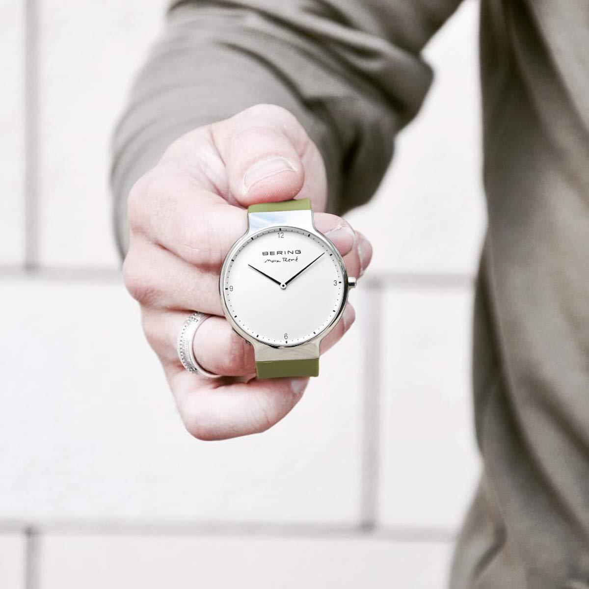 Analog Herren Quarz 800 Armbanduhr Silikon Bering 15540 D9IYeEHW2