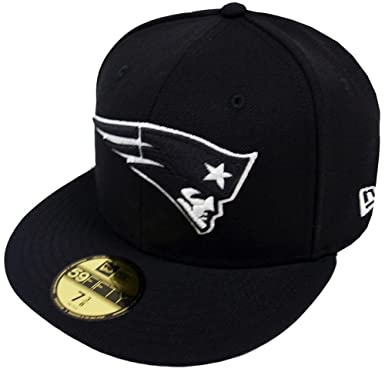 newest b18ce 720e7 Amazon.com  New Era NFL New England Patriots Black White 59fifty Fitted Cap  Limited Edition  Clothing