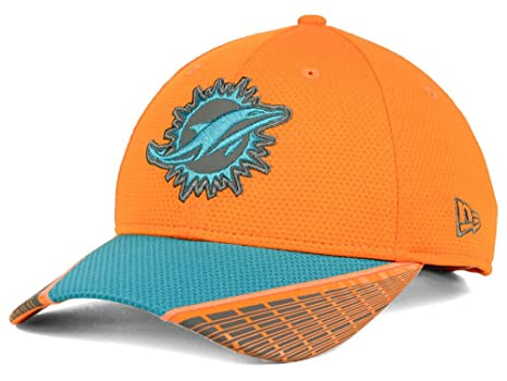Amazon.com   NFl Miami Dolphins New era 940 Refective hat   Sports ... be7405ecedb
