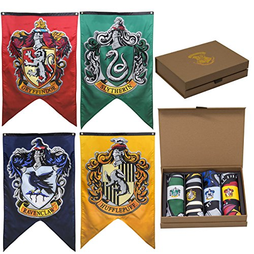 Harry Potter House Crests Wall Banner Gift Set - Set of 4 Houses ()