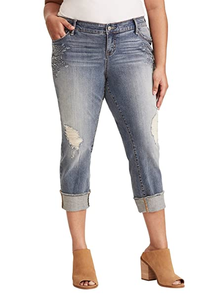 56b5dbc9d8f Torrid Cropped Boyfriend Jeans - Medium Wash with Floral Embroidery    Ripped Destruction  Amazon.ca  Clothing   Accessories