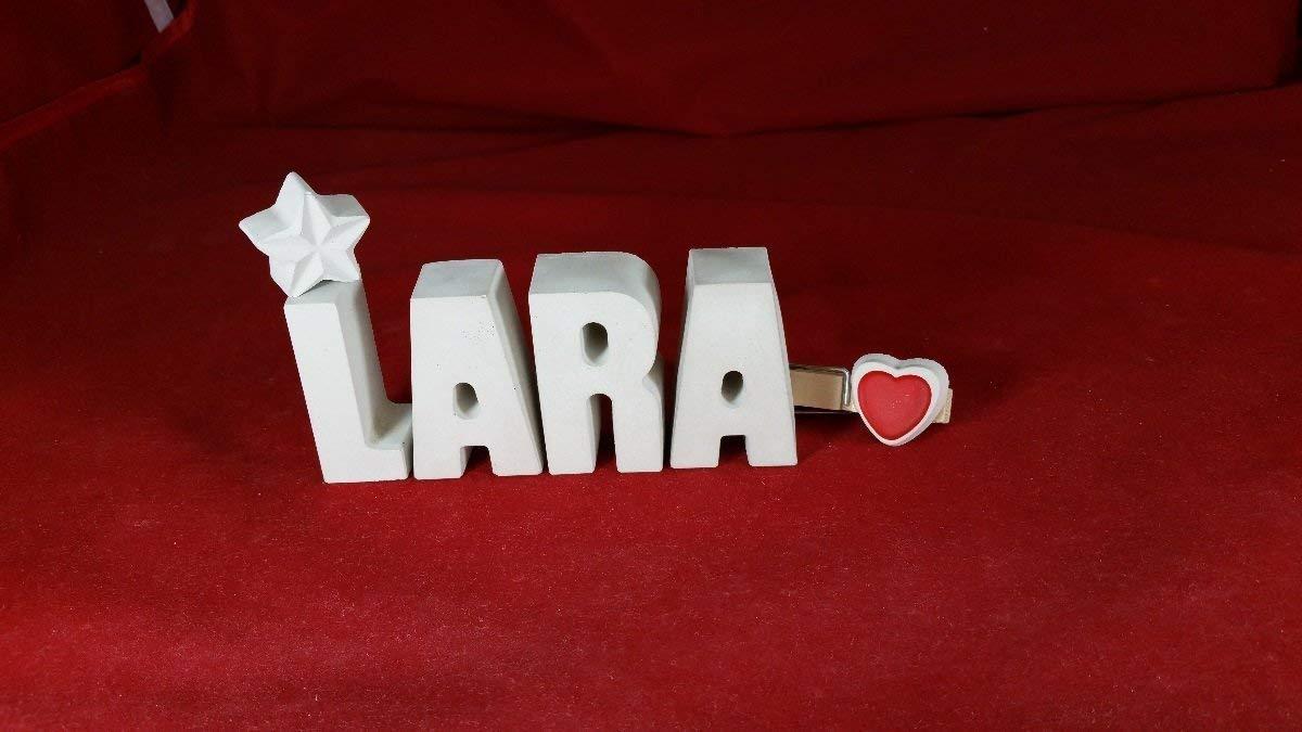 Beton, Steinguss Buchstaben 3D Deko Namen LARA mit Stern und Herzklammer als Geschenk verpackt! Ein ausgefallenes Geschenk zum Geburtstag oder auch zu anderen Anlässen. Deko Home Buchstaben Schriftzug zur Dekoration.