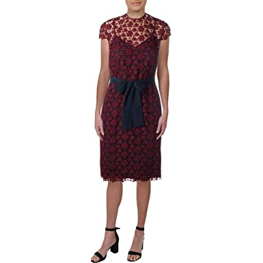 768de4ddc5581 Amazon.com  Juicy Couture Women s Lydia Guipure Lace Maxi Dress Bordeaux  Petite X-Small  Clothing