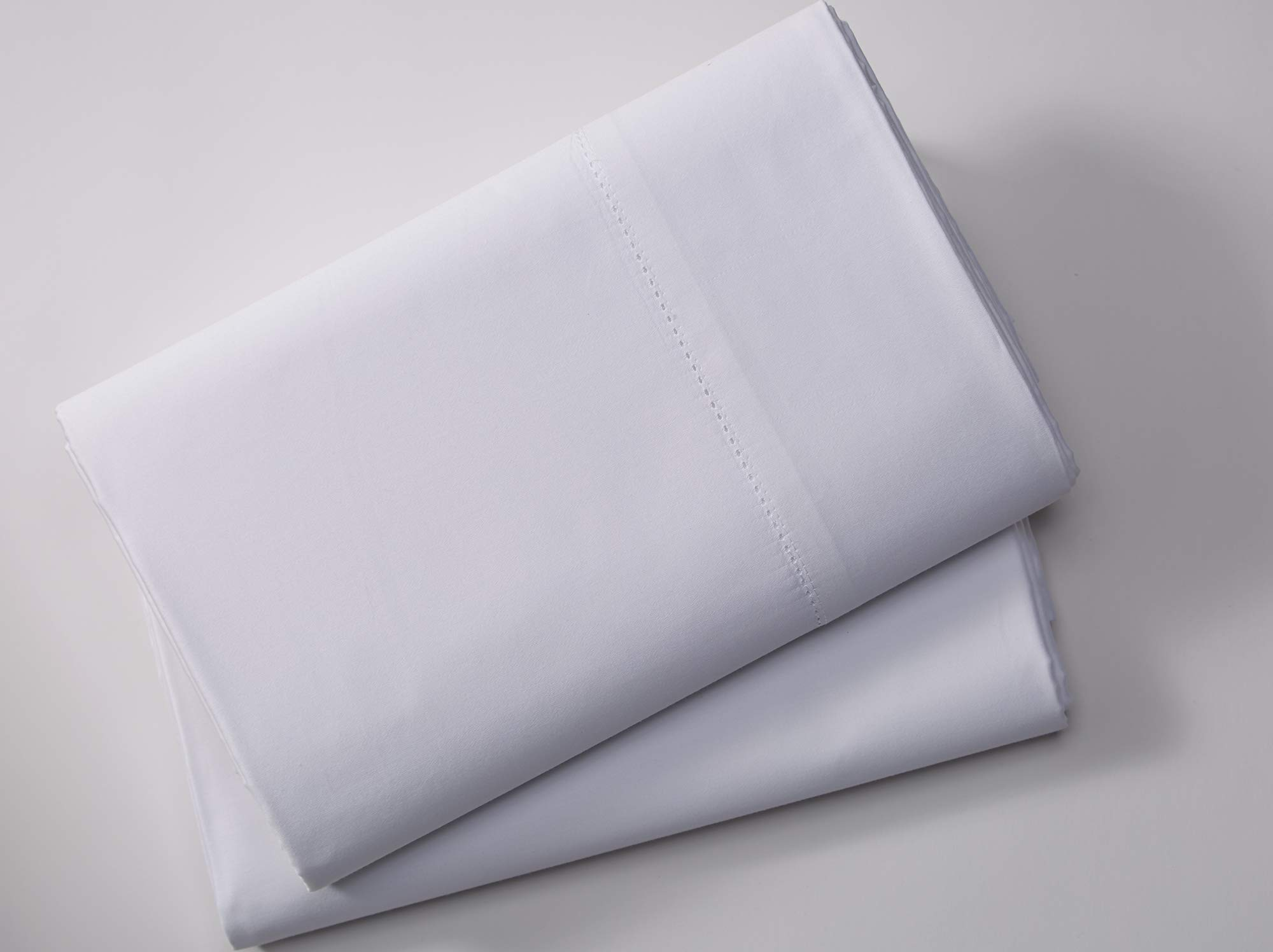 Marriott Signature Pillowcases - Soft, Breathable Cotton Blend Pillowcases Exclusively Hotels - Queen Size, Pair