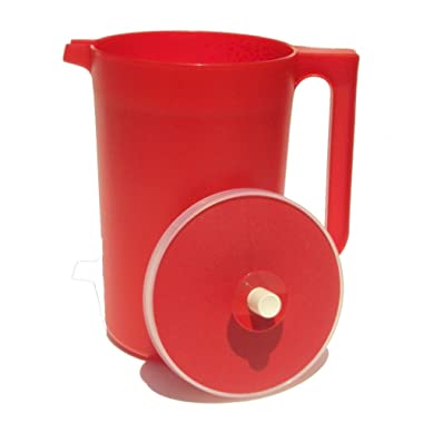 Tupperware 2 Quart Classic Push Button Pitcher Bold Red