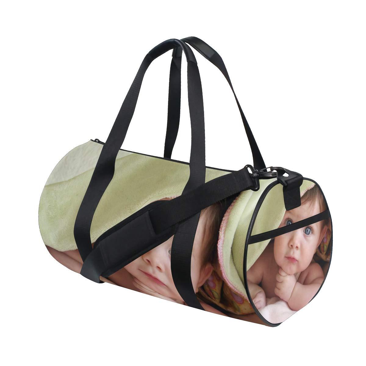 58325c652861 Amazon.com: OuLian Sports Bag Cute Pineapple Art Mens Duffle Luggage ...