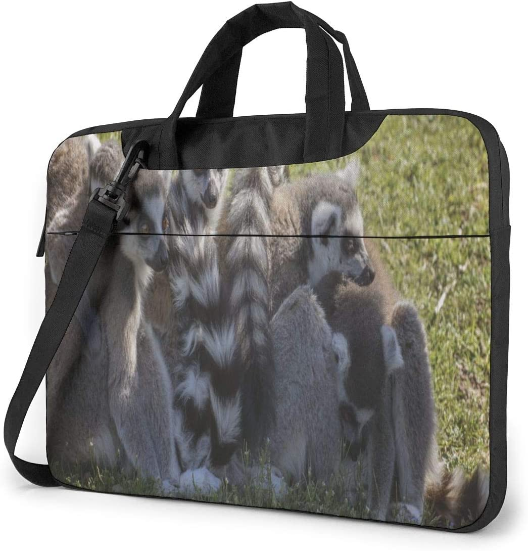 Cute Animal Lemures Family Laptop Case 14 Inch Carrying Case with Strap