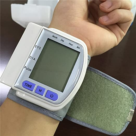 Amazon.com: LPY-CK-102S Wrist Automatic Blood Pressure Monitor,For Home Use: Sports & Outdoors