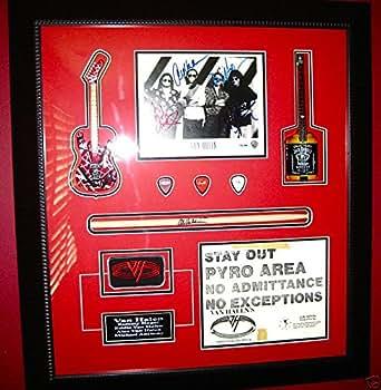 van halen signed autographed framed guitar pick psa dna coa eddie 5150 sammy red at amazon 39 s. Black Bedroom Furniture Sets. Home Design Ideas