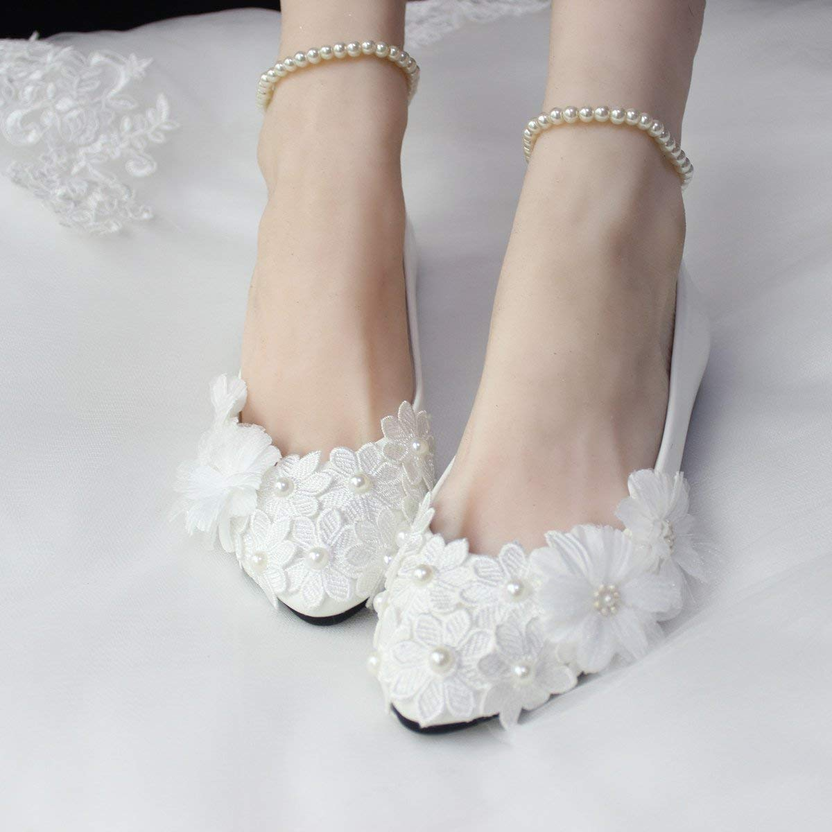 01d1d270e27 Amazon.com  2017 Stylish Pearls Flat Wedding Shoes For Bride 3D Floral  Appliqued Prom High Heels Plus Size Pointed Toe Lace Bridal Shoes  Handmade