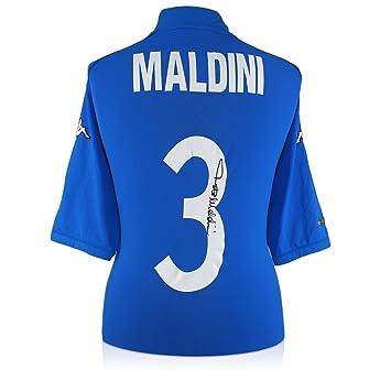 Camiseta de fútbol de Italia 2002 firmada por Paolo Maldini: Amazon.es: Deportes y aire libre