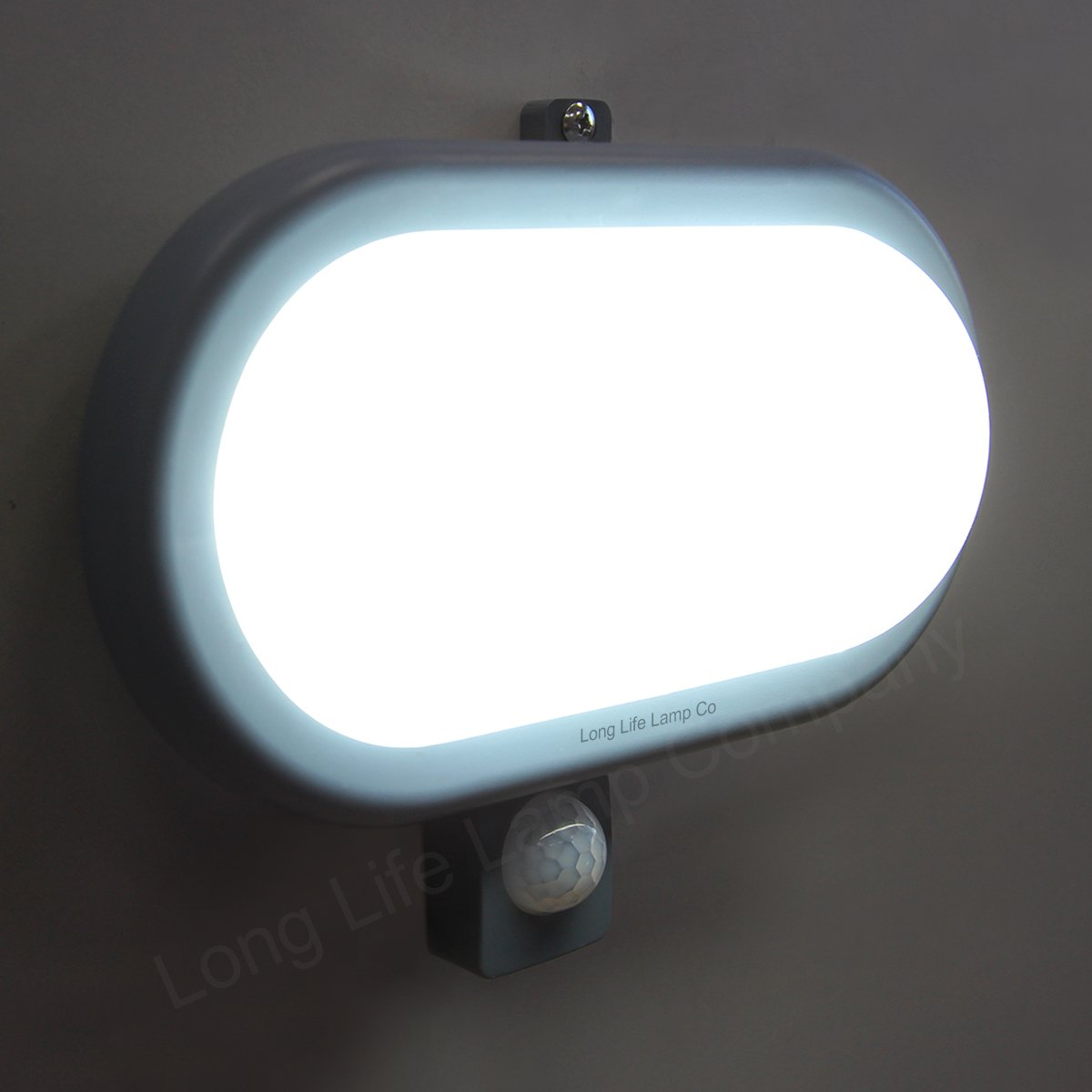 pir movement sensor 10w led bulkhead light outdoor. Black Bedroom Furniture Sets. Home Design Ideas