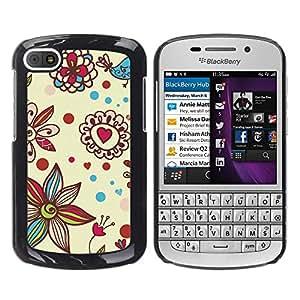 iKiki Tech / Estuche rígido - Petal Bloom Hearts Valentines - BlackBerry Q10