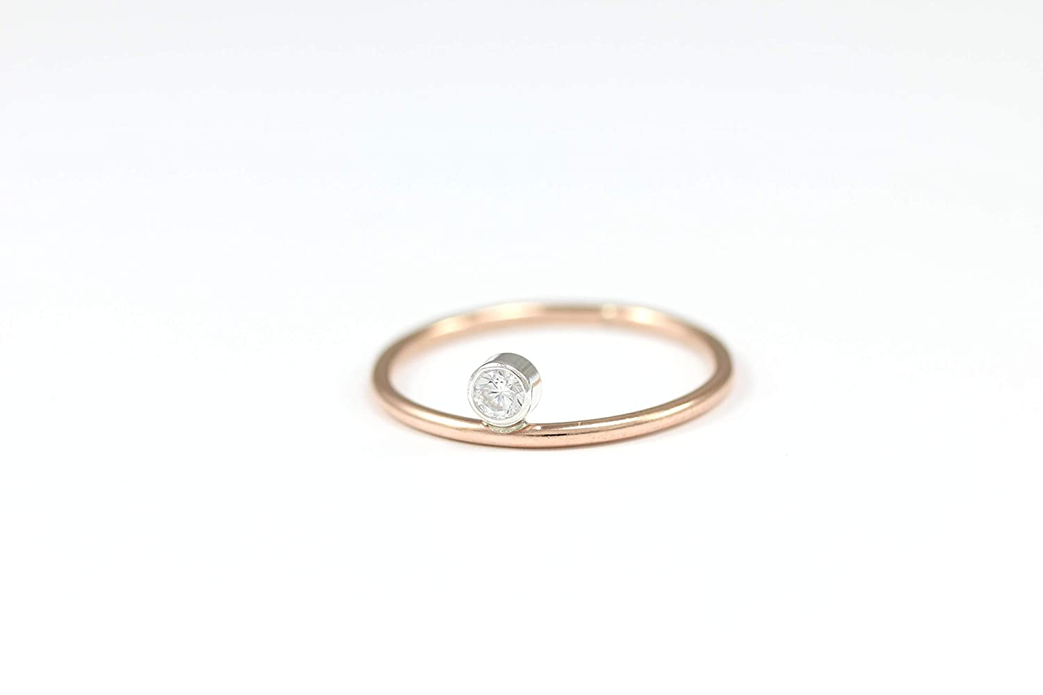 Fine Silver nesting ring with little dots of silver