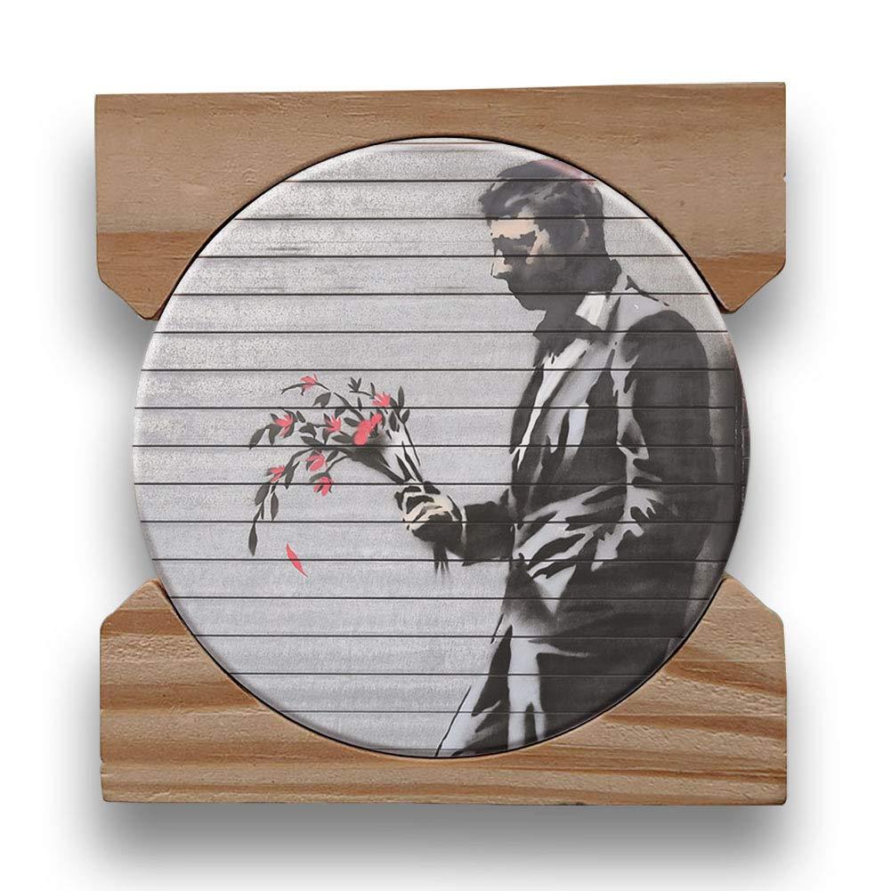 Banksy Street Art Collection 吸水性セラミック製ドリンクコースター4枚セット 木製コースターホルダー付き   B07F3DHNMF