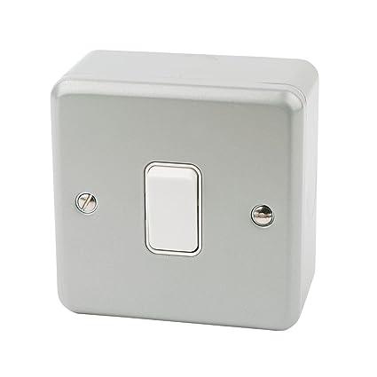 Knightsbridge Metal Clad Metalclad 10A 10 Amp 1 Gang 2 Way Single Light Switch
