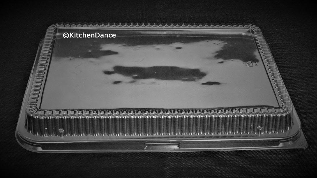 KitchenDance Disposable Aluminum 13 x 9 x 2 Cake pans with Lids- Pack of 12 pans & 12 Lids by KitchenDance (Image #8)