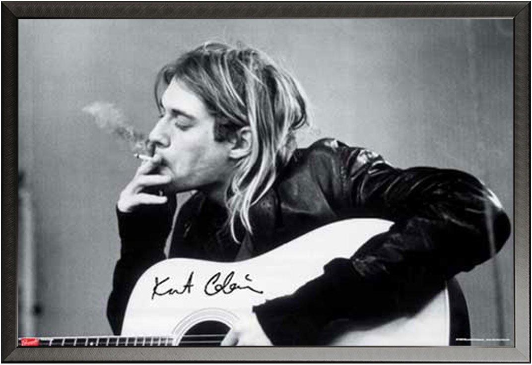 Cobain, Kurt - Smoking - Musikposter Kurt Cobain Alternative - Grösse 91,5x61 cm + Wechselrahmen, Shinsuke® Maxi Aluminium schwarz