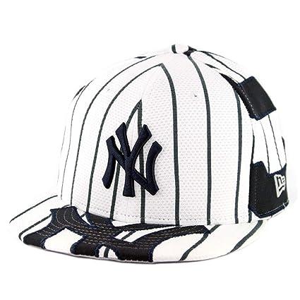 b36fc813 Amazon.com : New Era 950 New York Yankees Player Pick Judge V1 Snapback Hat  (WH) MLB Cap : Sports & Outdoors