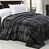 Home Soft Things Boon Light Weight Animal Safari Style Black White Snake Printed Flannel Fleece Blanket (Queen)