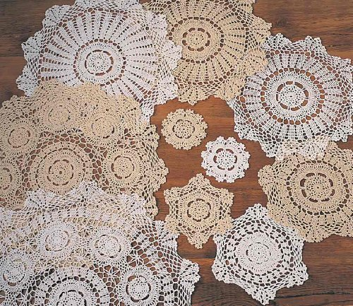 TCC Handmade Crochet Lace Doily. 100% Cotton Crochet. White, 18 Inch Round. Four Pieces ()