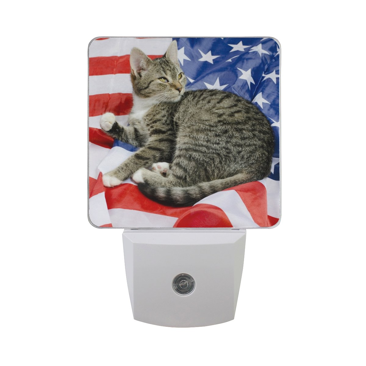 Naanle Set of 2 American Cat On USA Flag Auto Sensor LED Dusk To Dawn Night Light Plug In Indoor for Adults