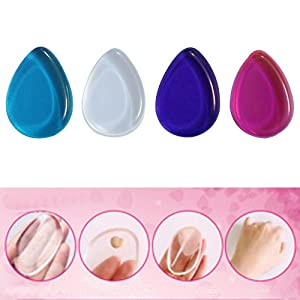 niceEshop(TM) Kit de 4 Pcs Houppe à Poudre, éponge pour Maquillage en Silicone sous Forme de Goutte d'Eau (Transparent, Violet, Rouge et Bleu)