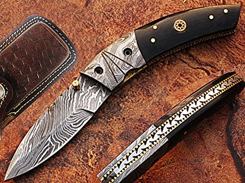 Buck Eye Pocket Knife Damascus Steel Blade Horn Handle