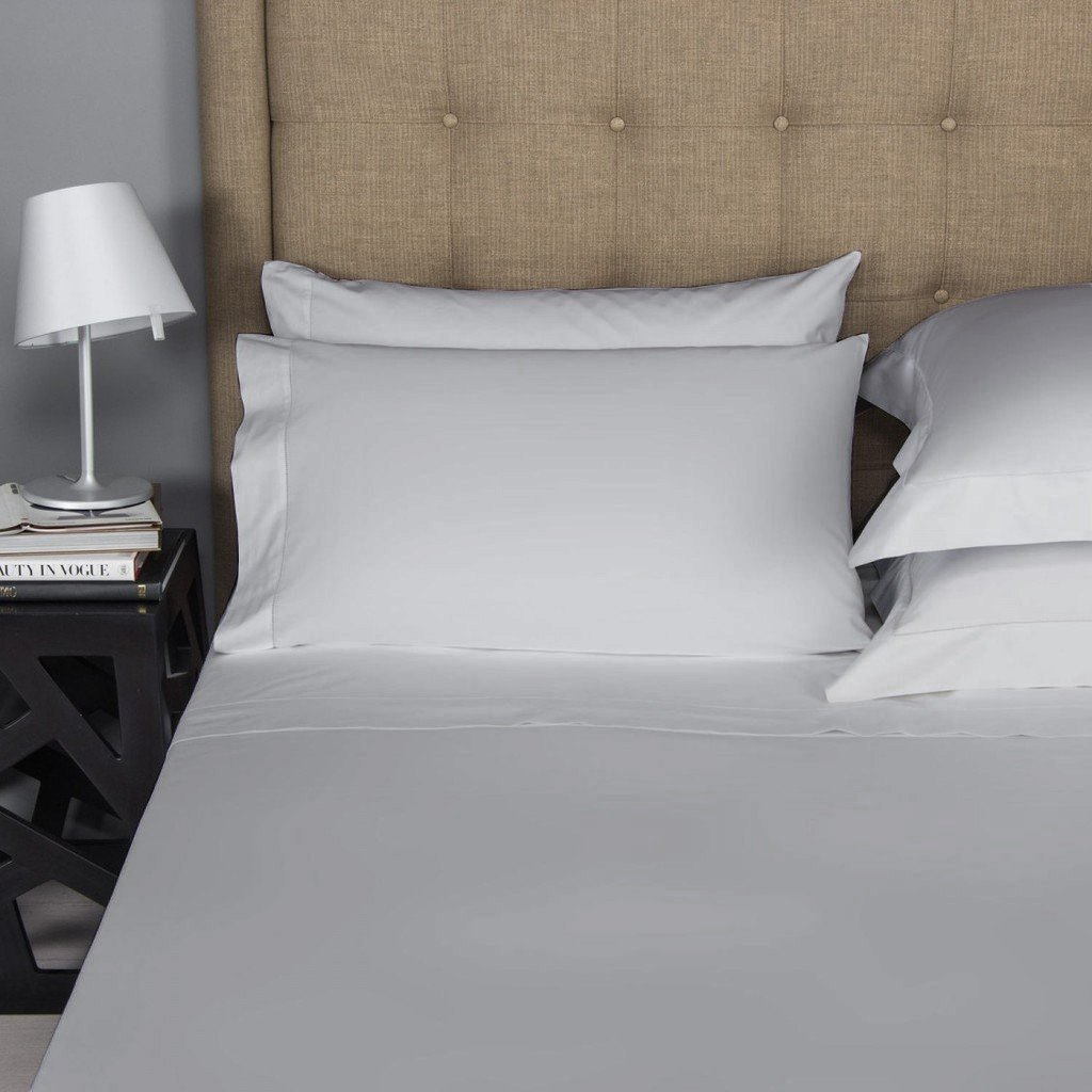 Long-Staple Combed Pure Natural 100/% Cotton Pillows for Sleeping,Soft /& Silky Sateen Weave Bed Pillow Cover. 500 Thread Count 100/% Egyptian Cotton Pillow Cases,Ivory Standard Pillowcase Set of 2
