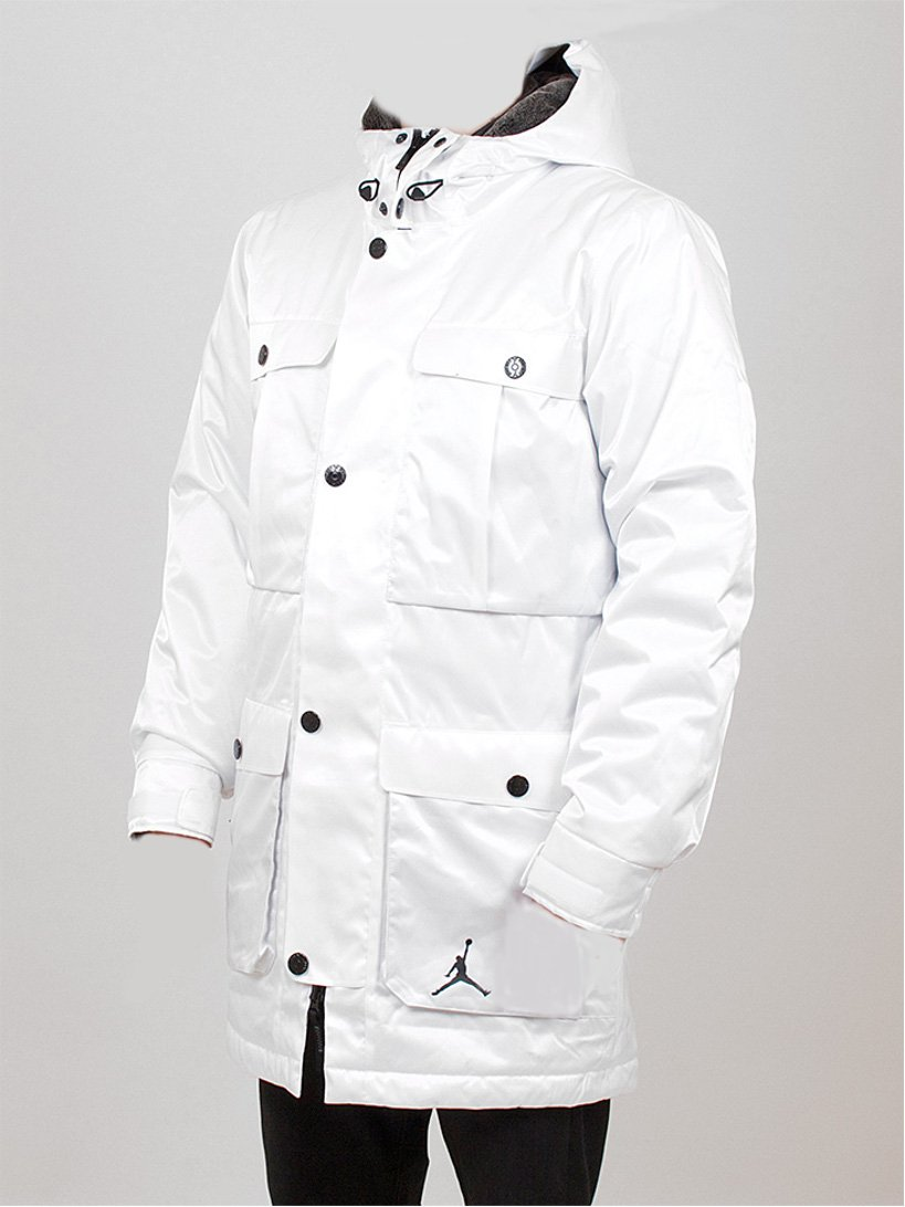0ea793cfce5b Nike Air Jordan Ultimate 3 in 1 Hooded Parker Winter Coat White Large   Amazon.co.uk  Sports   Outdoors
