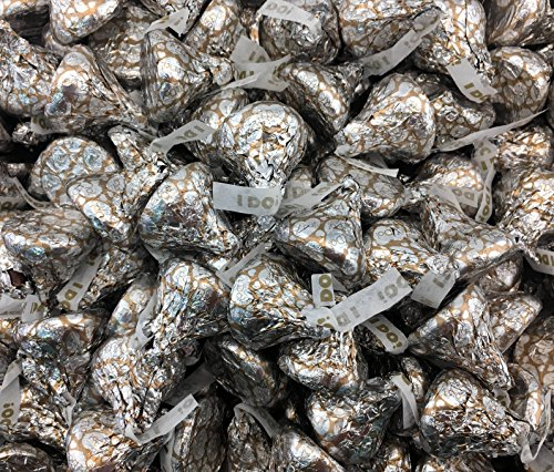Hershey's Kisses Wedding Milk Chocolate Candy Wrapped With