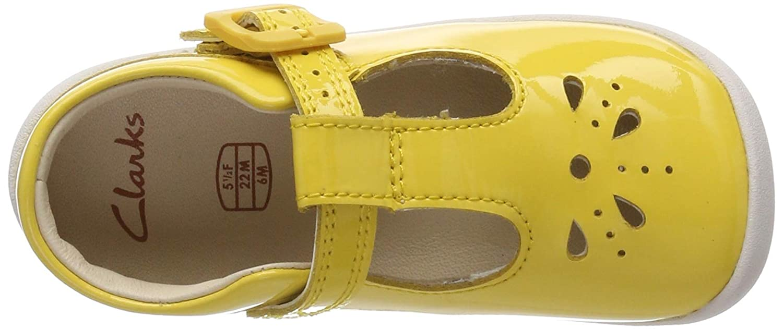 b605ec2e60f Clarks Baby Girls  Roamer Star T Ballet Flats  Amazon.co.uk  Shoes   Bags