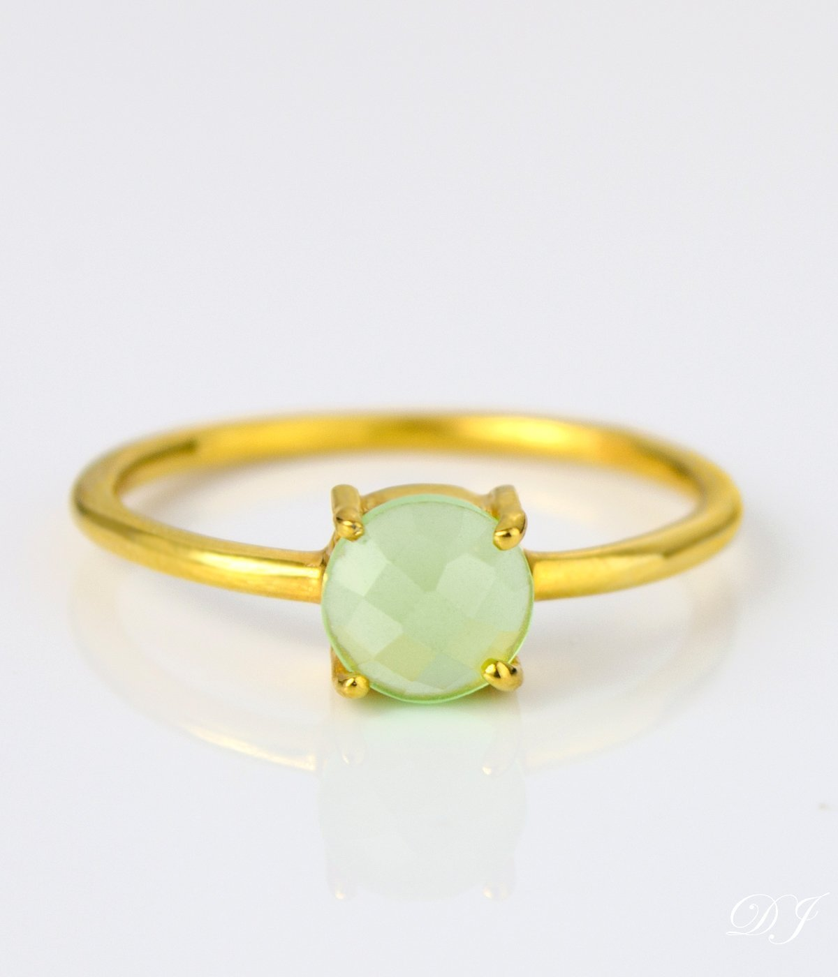 Vermeil Gold or silver Green Chalcedony ring round ring green round 6mm ring Birthday gift stackable ring prong set ring August Birthstone ring