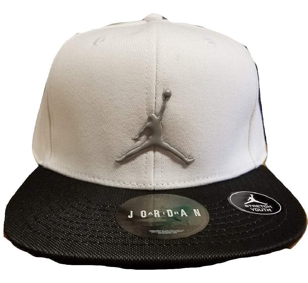 Amazon.com  NIKE Youth Air Jordan Reflective Brim White Snapback Cap   Clothing 62022f280e7