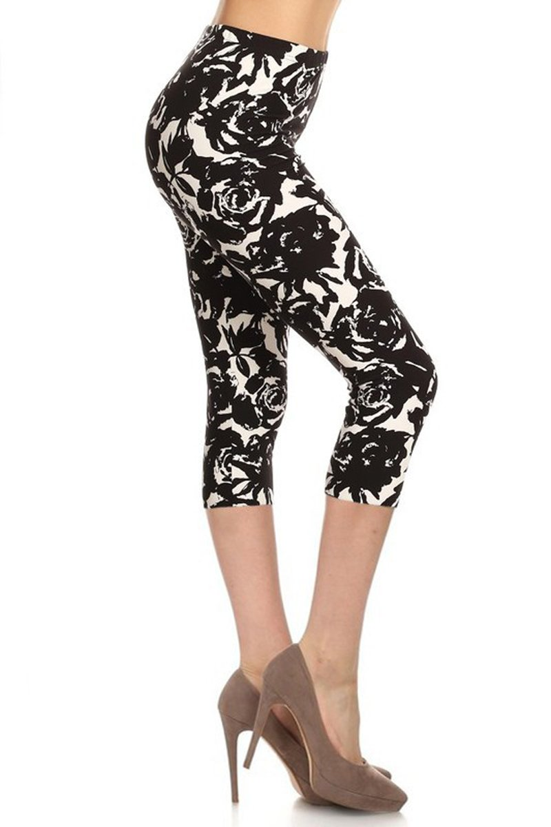 7b04a3115da1d Leggings Depot Capri REG Plus Women s Buttery Popular Prints BAT2 product  image