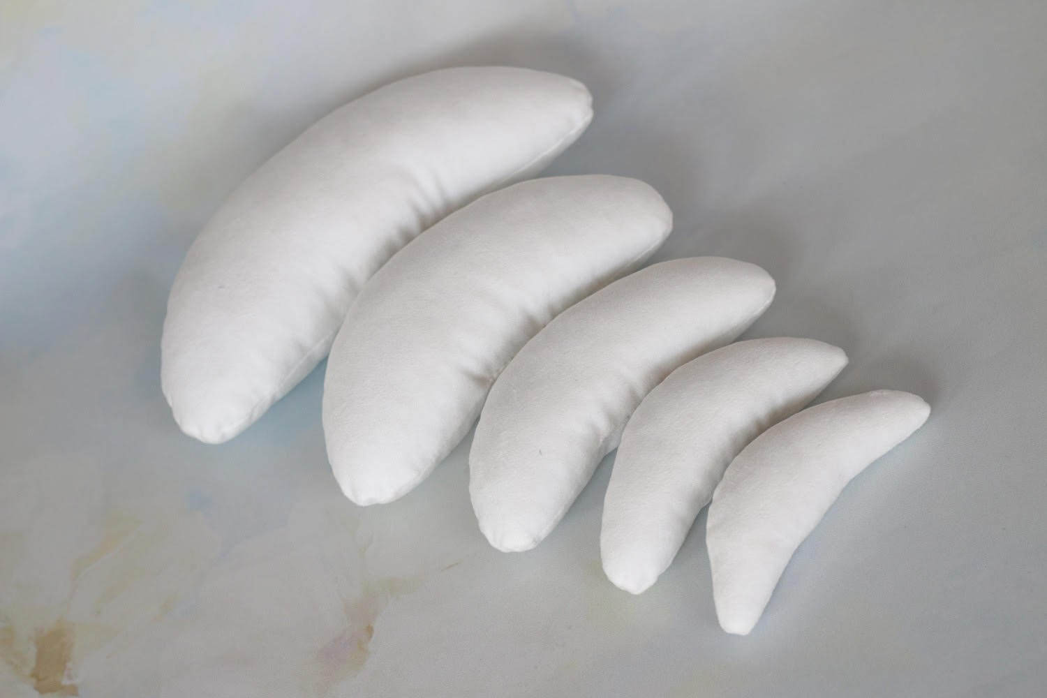 Newborn Photography Posing Pillows - 5 Piece White Pillow Set - Pre-Filled, Cotton - Crescent Baby Photo Prop - By Five Star Photo by Five Star Photo