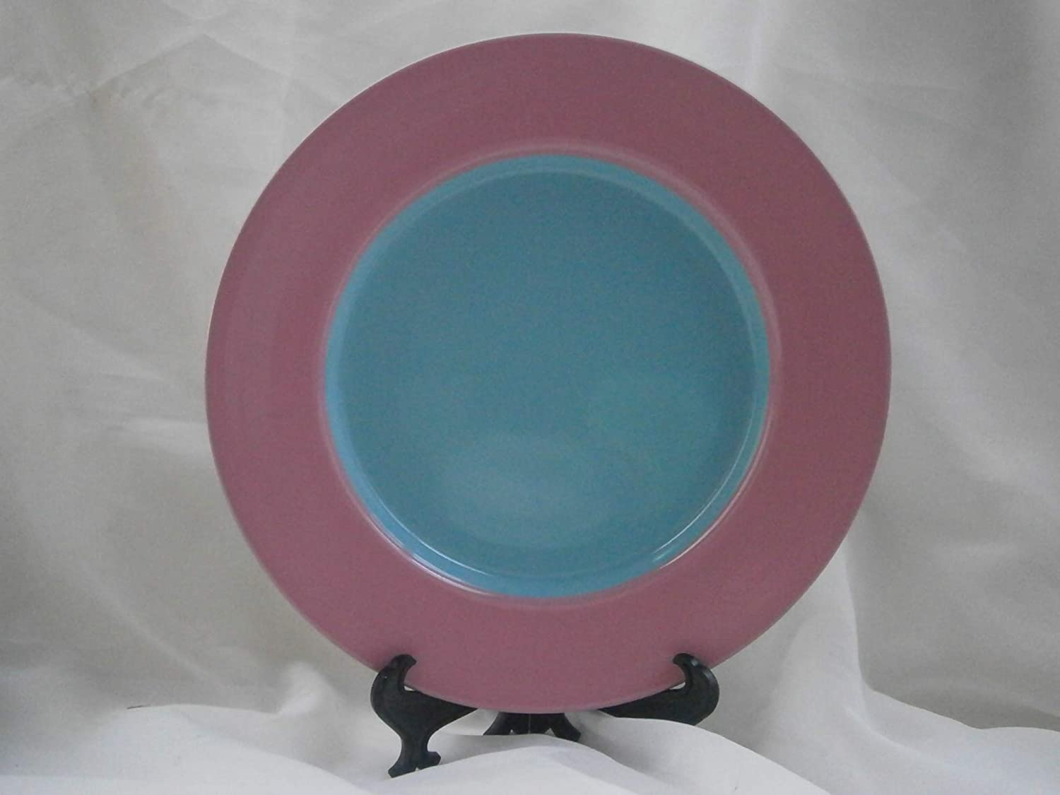 Lindt-Stymeist Colorways 9 Salad Plate PINK//TURQUOISE