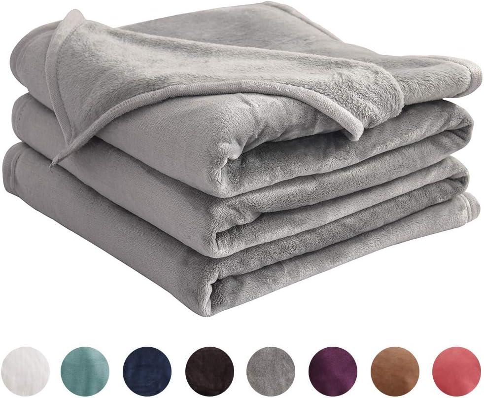 "LIANLAM Twin Size Fleece Blanket Lightweight Super Soft and All Season Warm Fuzzy Plush Cozy Luxury Bed Blankets Microfiber (Grey, 65""x90"")"