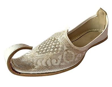 Step n Style Indian Men Shoes Handmade Aladdin Khussa Leather Juti  Flipflops Slipper White