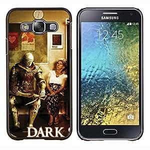 KLONGSHOP // Cubierta de piel con cierre a presión Shell trasero duro de goma Protección Caso - Oscuro s0ul Guerrero divertido - Samsung Galaxy E5 E500 //