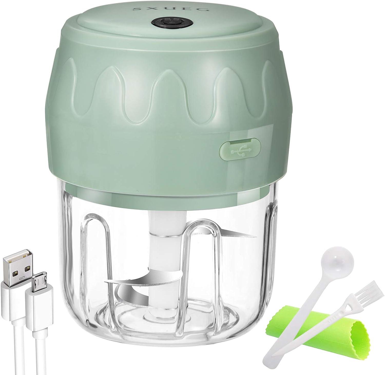 Electric Mini Garlic Chopper Mincer, Portable Cordless Garlic Mincer Grinder Small Food Processor for Onion/Ginger/Pepper/Nuts/Meat Mini Food Chopper (250 ML)