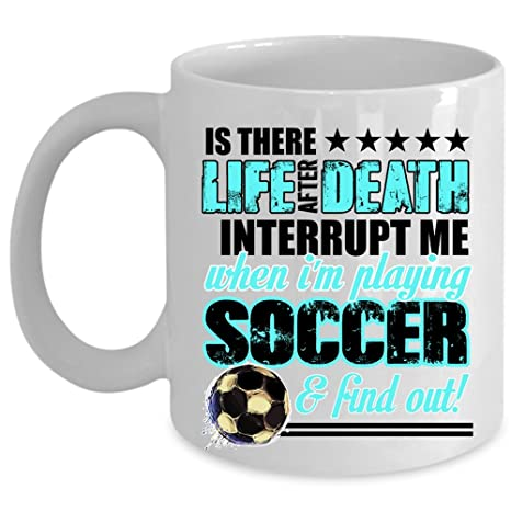 Amazon.com: Lindo regalo para jugador de fútbol taza de café ...