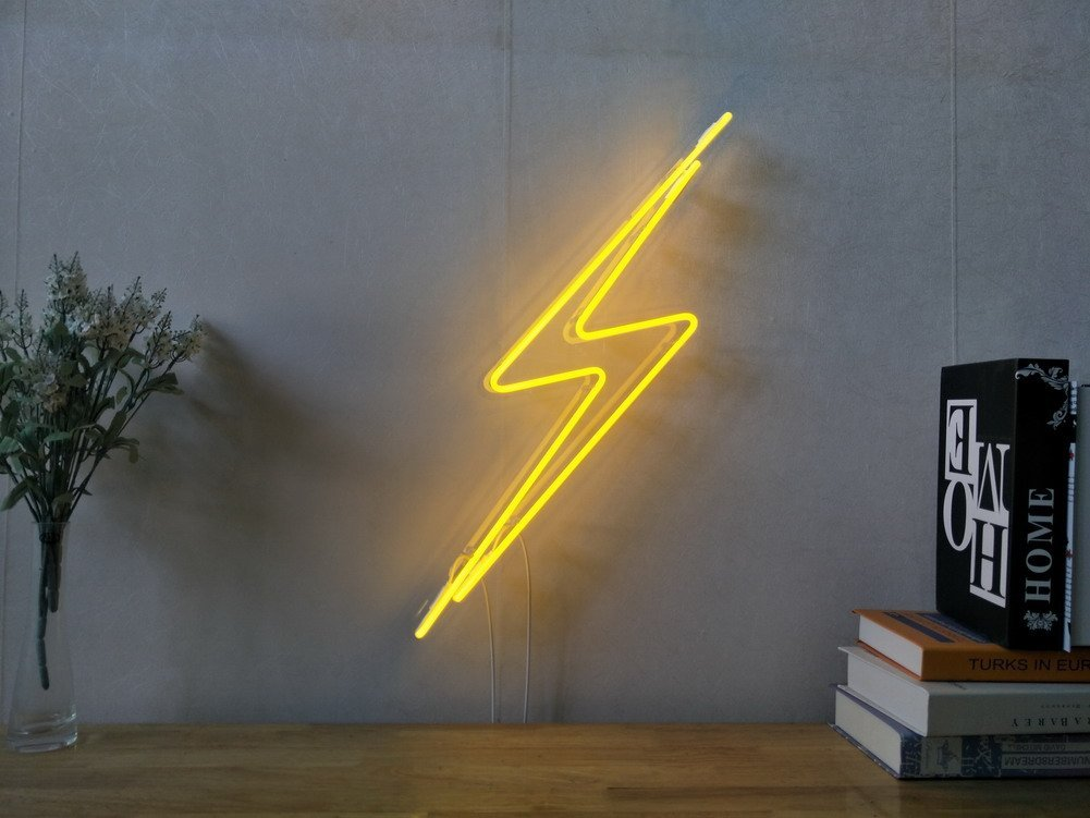 Thunderbolt Lightning Bolt Real Glass Neon Sign For Bedroom Garage Bar Man Cave Room Home Decor Handmade Artwork Visual Art Dimmable Wall Lighting Includes Dimmer
