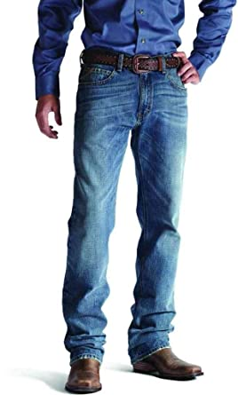 Relaxed fit jeans vs bootcut