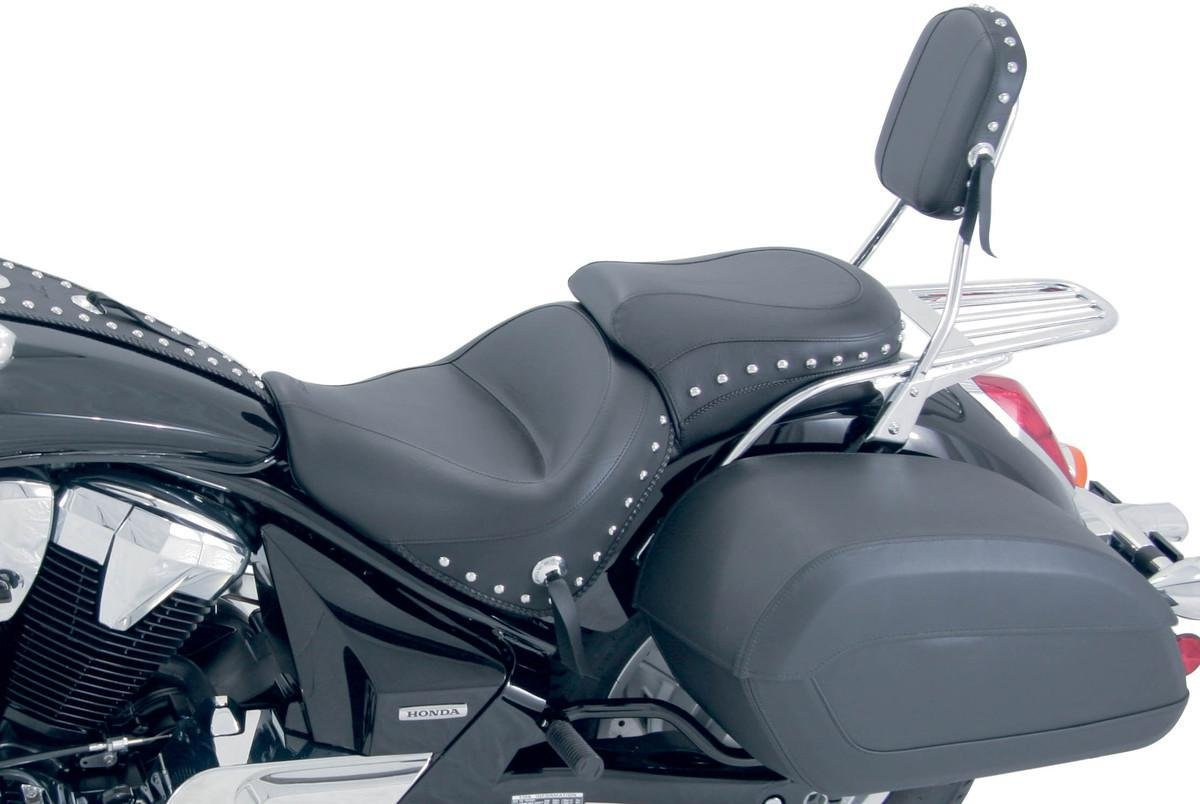 Amazon com mustang studded wide touring 2 piece seat for yamaha 2000 11 v star 1100 classi automotive