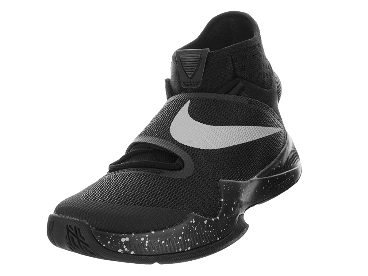 the best attitude f9b3d 4b664 Amazon.com   Nike Mens Zoom HyperRev 2016 Basketball Shoe Black Metallic  Silver 8.5   Basketball