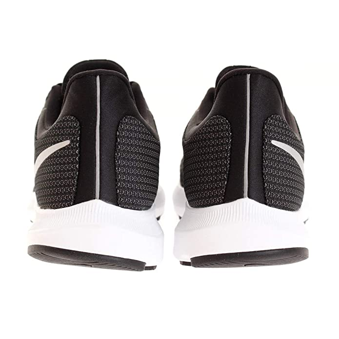 finest selection 12e95 e1fe1 Nike Herren Quest Laufschuhe Amazon.de Schuhe  Handtaschen